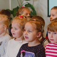 Dzieci z Przedszkola Britannica odwiedziły Mieszkańców naszego Domu